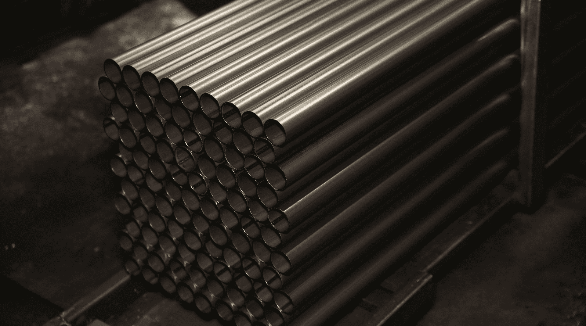 Electric-welded round pipes